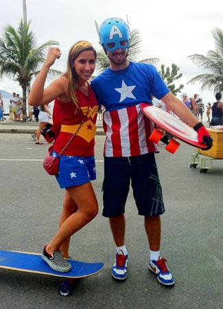 Mulher Maravilha - Capitão América - Skate e Carnaval